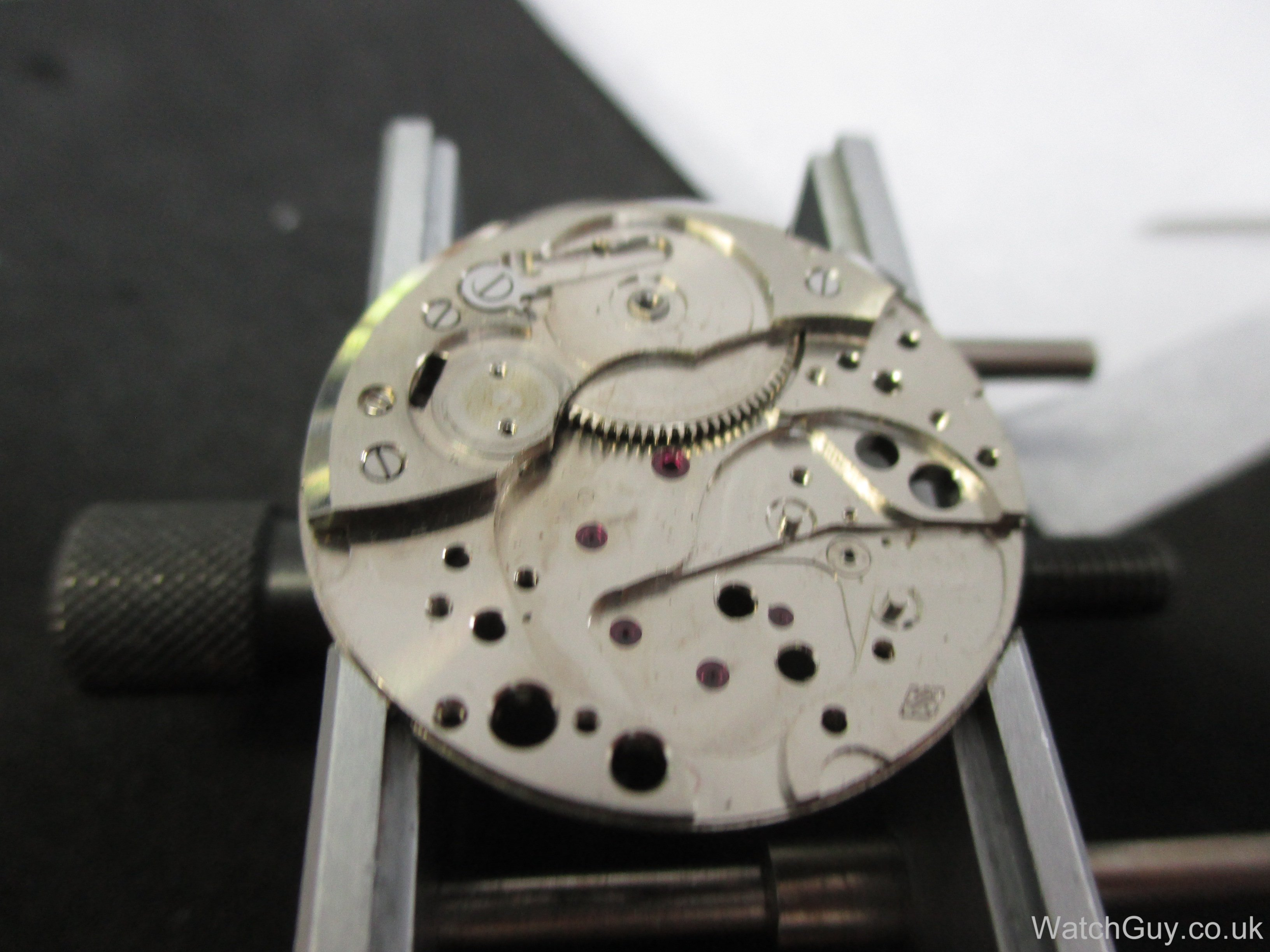 Service Revue watch for the blind calibre GT77